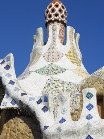Art Nouveau History - Antonio Gaudi - mosaic roof